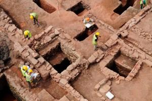 Excavating medieval workshops and storage tanks in Coventry