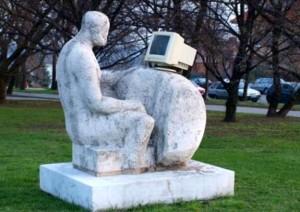 computer_statue-internet
